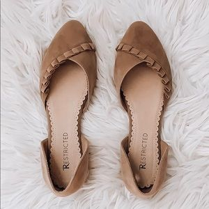 Restricted Ruffle Flats